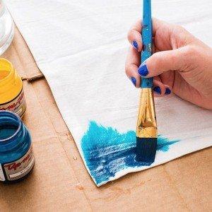 لوازم الرسم على الحرير والأقمشة
