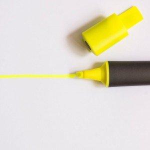 أقلام الحبر وأقلام التحديد