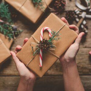 الهدايا والتغليف
