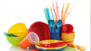 أدوات بلاستيكية